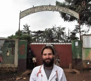 Iñaki Alegría, en el hospital que dirige en Etiopía